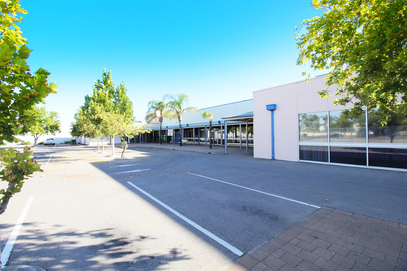 SHOPPING CENTRE LEASING – NEGOTIABLE RENT + TERMS