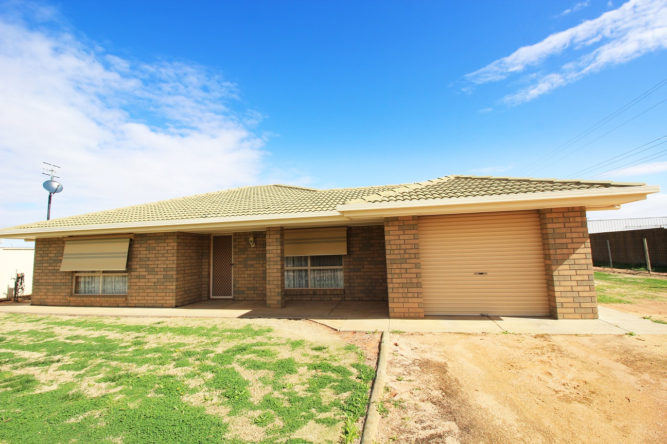 GREAT FAMILY HOME IN A PEACEFUL LOCATION
